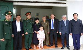 Phó Thủ tướng Thường trực chúc Tết tại tỉnh Hà Giang