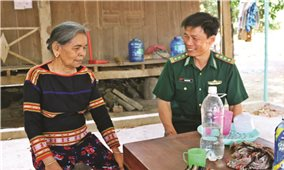 Nữ già làng tiêu biểu ở Ia Mơr