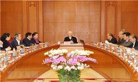 Tổng Bí thư chủ trì họp Tiểu ban Văn kiện ĐH XIII của Đảng