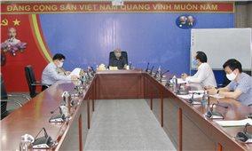 Bộ trưởng Đỗ Văn Chiến chủ trì họp, cho ý kiến về đề tài khoa học cấp Bộ năm 2021