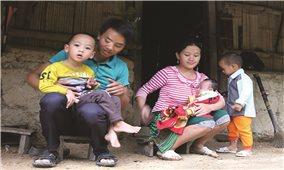 Thực hiện Đề án giảm thiểu tảo hôn và HNCHT ở Điện Biên: Thiếu sự quyết liệt trong chế tài xử phạt