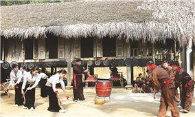 Sức sống mới trên những bản làng