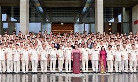 Chủ tịch Quốc hội gặp mặt điển hình tiên tiến bảo vệ an ninh Tổ quốc