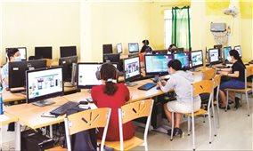 Dạy học trực tuyến ở bậc phổ thông: Mô hình cần vận dụng linh hoạt