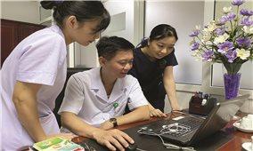 Nghệ An chi viện cán bộ y tế giúp Đà Nẵng chống dịch Covid-19