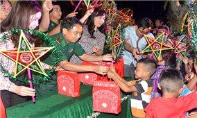 Mang Trung thu đến với trẻ em biên giới