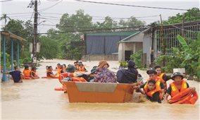 Miền Trung: Thiệt hại lớn do mưa lũ