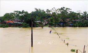 Một số hồ đập thủy lợi, thủy điện ở Nghệ An tiến hành xả lũ