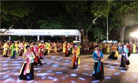 Nhiều hoạt động hấp dẫn tại Lễ hội Văn hóa dân gian