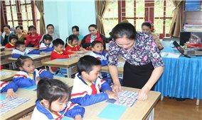 Lào Cai: Giải pháp nâng cao hiệu quả dạy tiếng Việt cho học sinh lớp 1