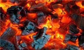 Đề phòng hiểm họa khi đốt than sưởi ấm trong nhà