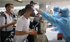 Đưa hơn 240 công dân Việt Nam từ Singapore về nước