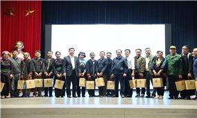 Ủy ban Dân tộc: Gặp mặt Đoàn đại biểu Người có uy tín tỉnh Lào Cai
