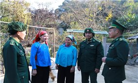 Học tiếng đồng bào để cùng đồng bào bảo vệ biên giới