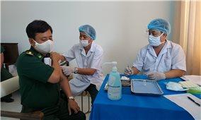 Bộ đội Biên phòng tỉnh Kiên Giang: Tiêm vaccine Covid-19 đợt đầu tiên cho cán bộ chiến sỹ