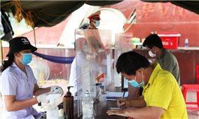 Hà Tĩnh, Nghệ An: Siết chặt kiểm soát người trở về từ vùng dịch để hạn chế lây lan