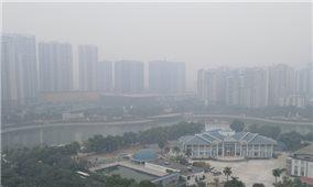 Hà Nội ô nhiễm không khí tới ngưỡng ảnh hưởng nghiêm trọng sức khỏe