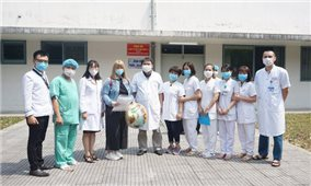 Huế tiếp nhận, điều trị nhiều bệnh nhân Lào trong đại dịch COVID-19