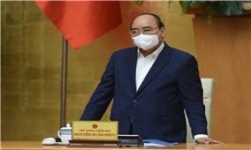 Thủ tướng yêu cầu nhanh chóng tiêm chủng, gỡ ngay ách tắc lưu thông hàng hóa