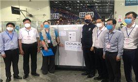 Lô vắc xin phòng Covid-19 đầu tiên của Covax đã về đến Việt Nam