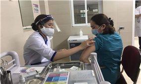 Được phân bổ thêm 50.000 liều vaccine COVID-19, Hà Nội sẽ mở rộng đối tượng tiêm chủng