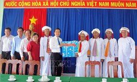 Ninh Thuận: Giúp đồng bào Chăm vui đón tết Ramưvan vui tươi, an toàn và tiết kiệm
