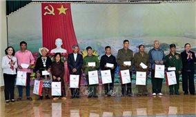 Trưởng Ban Tổ chức Trung ương Trương Thị Mai thăm và tặng quà tại Tuyên Quang