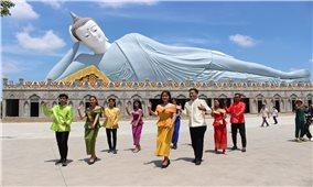 Yêu văn hóa Khmer bằng cách riêng của những người trẻ