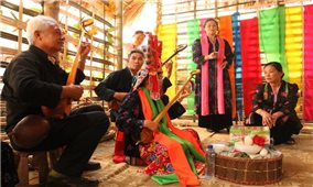Lai Châu: Dân tộc Thái (trắng) tổ chức Lễ hội Then Kin Pang