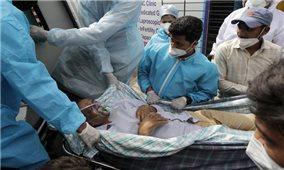 Ấn Độ 9 ngày liền có trên 300.000 ca mắc COVID-19 mới/ngày, Thái Lan lập mốc mới về số người tử vong