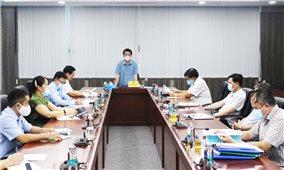 Bộ trưởng, Chủ nhiệm Ủy ban Dân tộc Hầu A Lềnh làm việc với Vụ Địa phương I