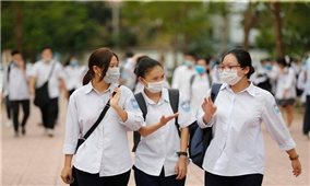 Hà Nội yêu cầu học sinh lớp 9 và lớp 12 không ra khỏi thành phố đến khi thi xong