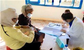 Nữ bác sĩ người Hrê tích cực học tập và làm theo Bác