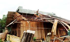Lào Cai: Hàng trăm nhà ở của người dân bị hư hại do giông lốc