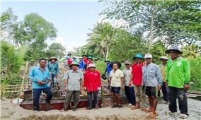 Người có uy tín ở Châu Thành (Sóc Trăng): Vận động người dân làm nhiều việc