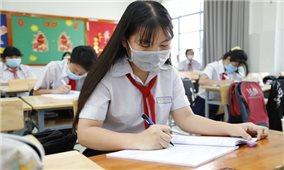Tuyển sinh vào lớp 10 tại Hà Nội: Học sinh đeo khẩu trang trong suốt quá trình thi, phòng thi không bật điều hòa