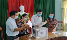 Ban Dân tộc các tỉnh quyên góp ủng hộ Quỹ phòng, chống dịch Covid-19
