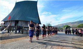 Về thăm làng du lịch Bar Gốc