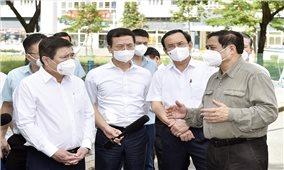 Thủ tướng động viên, kiểm tra công tác chống dịch, hoạt động sản xuất kinh doanh tại tâm dịch TPHCM