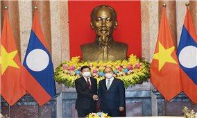 Việt Nam - Lào luôn phát huy truyền thống
