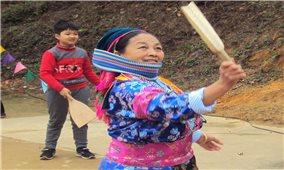 Đánh yến- trò chơi dân gian của người Mông Hà Giang