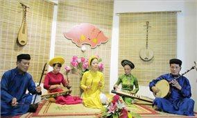 Phát huy giá trị và xây dựng Ca Huế trở thành sản phẩm dịch vụ văn hóa du lịch đặc sắc