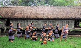 Khơi dậy mạch nguồn văn hóa dân tộc ở Làng Teng