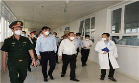 Phó Thủ tướng Thường trực thăm một số cơ sở điều trị bệnh nhân COVID tại TPHCM