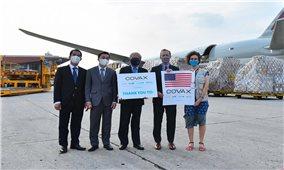 Việt Nam tiếp nhận lô vaccine Moderna Hoa Kỳ viện trợ