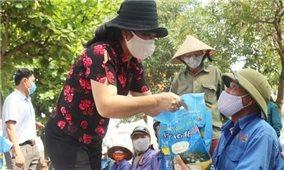 Nghệ An hỗ trợ 2.000 hộ dân vùng dịch ở miền Nam, mỗi hộ 1 triệu đồng