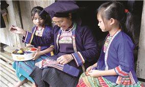 Đồng bào Mông ở Cao Minh bảo tồn văn hóa truyền thống