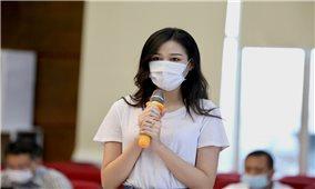 Hoa hậu Đỗ Thị Hà kêu gọi tiếp sức cho tuyến đầu chống dịch