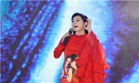 Ca sĩ Lương Nguyệt Anh mang chầu văn dự thi quốc tế