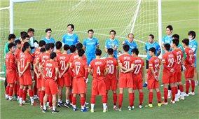 Đội tuyển Việt Nam lên đường với nỗi lo chấn thương